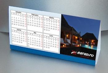 Calendar de birou simplu