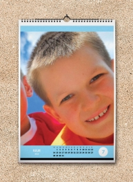 Calendar A3 personalizat cu poza ta - FV59